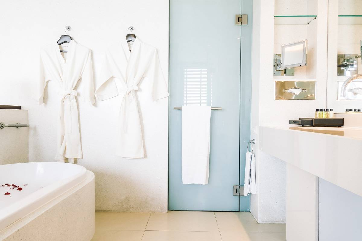Must-Have Bathroom Accessories from Perfect Home